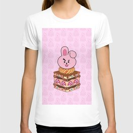BT21 COOKY Strawberry Cake BTS JUNGKOOK Jeon Jungkook T-shirt