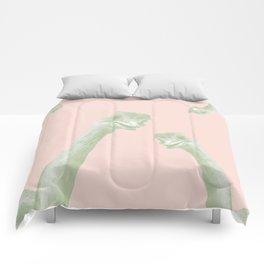 OSTRICH PEEKABOO PROJECT 01 Comforters