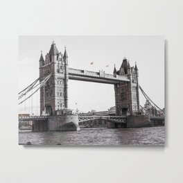 London Bridge Black & White Metal Print