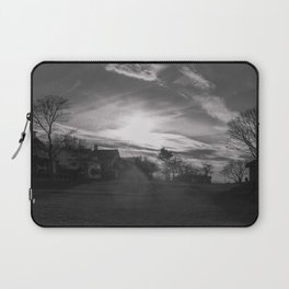 Streamers in the sky Laptop Sleeve