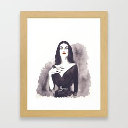 Vampira Framed Art Print