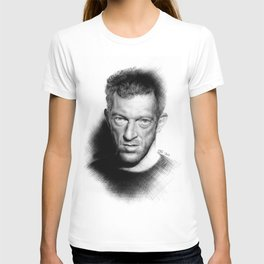 Vincent Cassel on ballpen B&W T-shirt