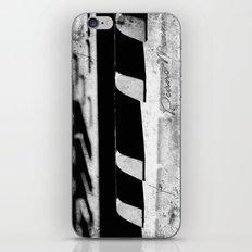 Piano man iPhone & iPod Skin