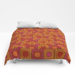 Geometric Retro Pattern Comforters
