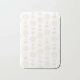 Beachy Seashell Pattern Bath Mat