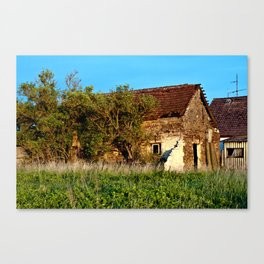 Abandoned Country Barn Canvas Print