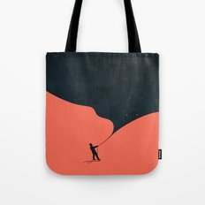 Night fills up the sky Tote Bag