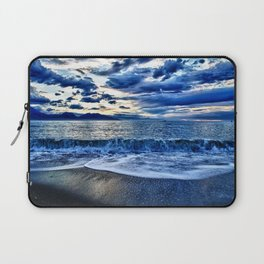 Sunrise over the South Pacific Laptop Sleeve