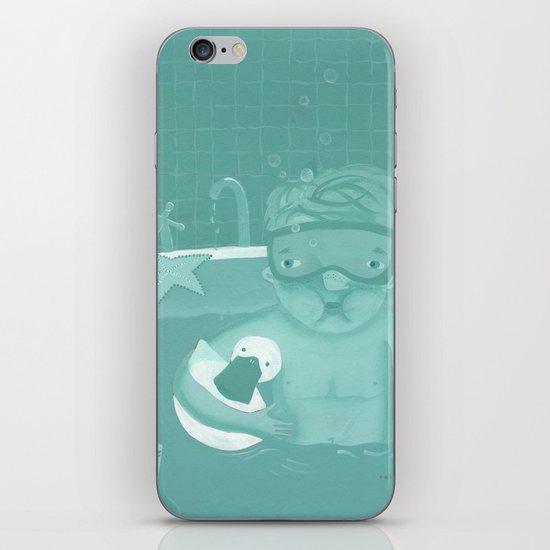 Snorkeling iPhone & iPod Skin