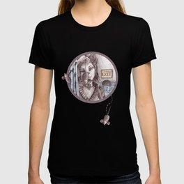 Cat metamorphosed T-shirt