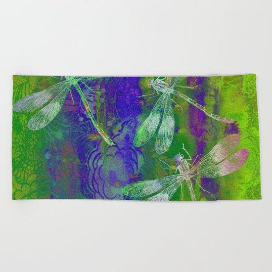 A Dragonflies QD Beach Towel