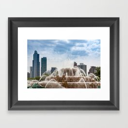 Buckingham Fountain In Chicago Framed Art Print