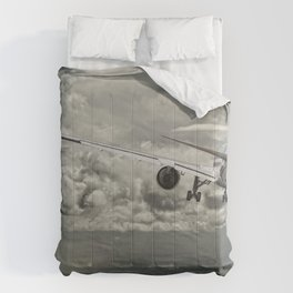 Stormy approach Comforters