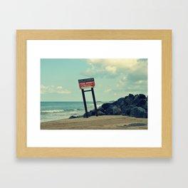 Endroit interdit Framed Art Print