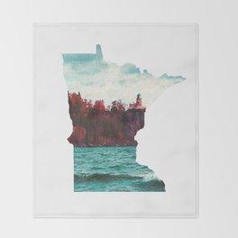 Minnesota-Split Rock Lighthouse at Lake Superior Throw Blanket