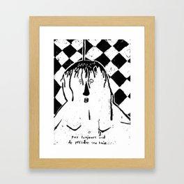 Pas toujours cool de prendre un bain... Framed Art Print