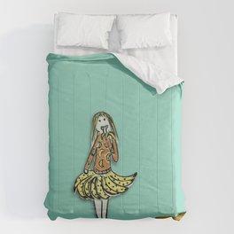 Banana Girl l Karina Kamenetzky Comforters