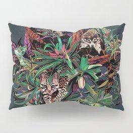 Rainforest corner Pillow Sham