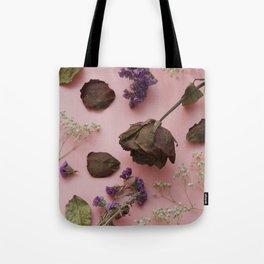 Flourish pattern in pink Tote Bag