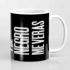 Voy de negro — Letterpress (Black) Coffee Mug