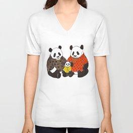 The panda family Unisex V-Neck