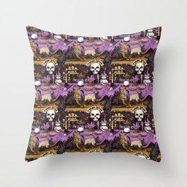 tarot cats Throw Pillow