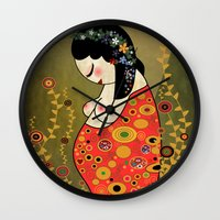 gustav klimt Wall Clocks featuring Kokeshi Hope of Klimt by Pendientera