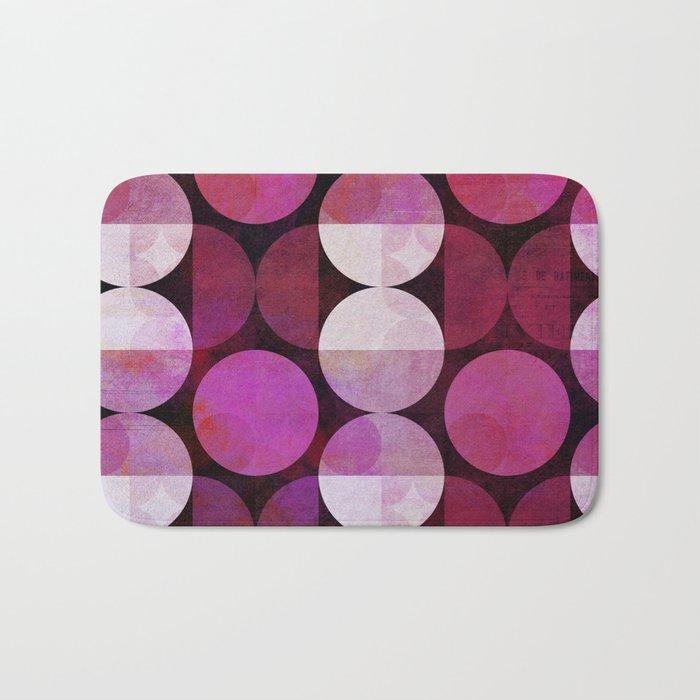 fashionable red pink grunge circle pattern Bath Mat