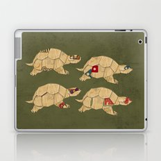 Heroes in a pizza box... Turtle Power! Laptop & iPad Skin