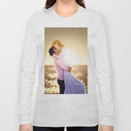 Feyre and Rhysand - A Romantic Sunset Long Sleeve T-shirt