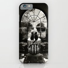 Room Skull B&W Slim Case iPhone 6