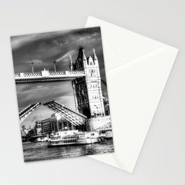 Tower Bridge and the Dixie Queen Stationery Cards
