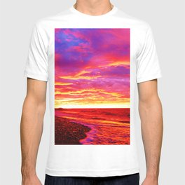 Deep Red Saturated Sunset  T-shirt