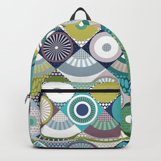 scales and pearls Backpack