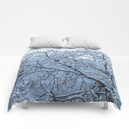 It's snowing Comforters