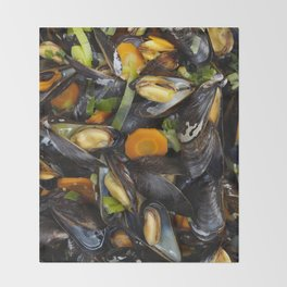 Cooked mussels Throw Blanket