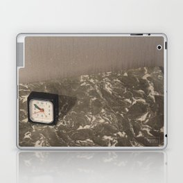 Comme le temps passe... Laptop & iPad Skin
