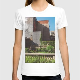 Elizabeth Street Garden T-shirt