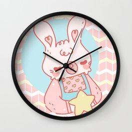 Mimi la coneja Wall Clock