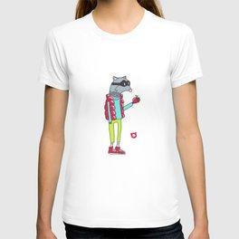 006_raccoon T-shirt