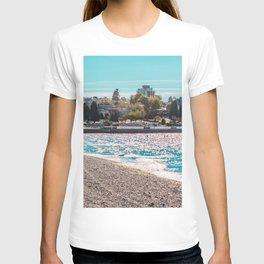 I see an island. T-shirt