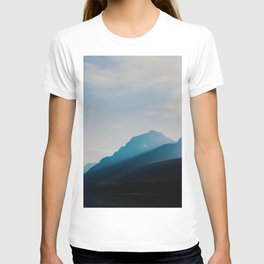 The Mountains int he Fog (Color) T-shirt