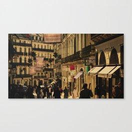 Saturday Shoppers (acheteurs samedi) Canvas Print