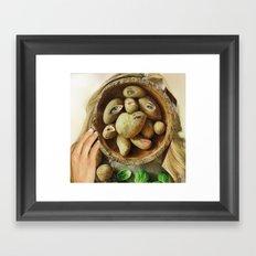 Sie hat Kartoffelaugen Framed Art Print