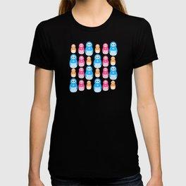 Winter matrioshka candy penguins pattern T-shirt