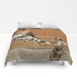 Giraffe 002 Comforters