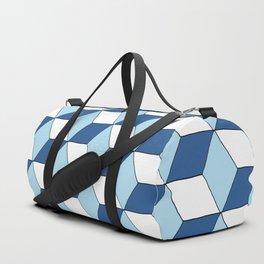 """Motif """"cubes bleu ciel, bleu marine et blanc"""" Duffle Bag"""