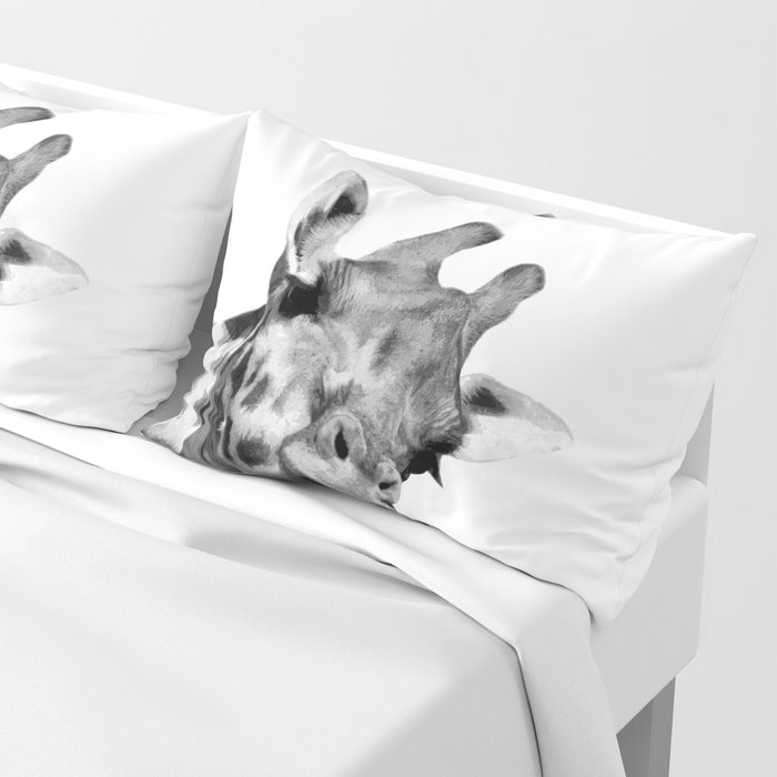 Black and white giraffe Pillow Sham