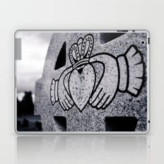Claddagh closeup Laptop & iPad Skin