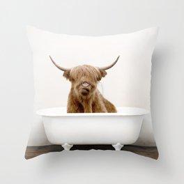 Highland Cow Bath (c) Throw Pillow